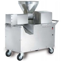 STAINLESS STEEL COCONUT MILK MACHINE